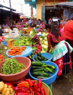 Puesto de verduras en Xela