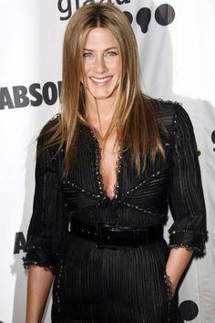 April 14, 2007 - 18th annual GLAAD Media Awards in L.A. wearing a Chanel dress - Jennifer Aniston