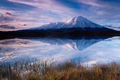 #камчатка #вулкан #толбачик #плоский #острый #рассвет #озеро #отражение Author: Денис Будьков