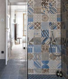 Cementine by Mutina Azulej: bellissime mattonelle vintage ideali per la zona doccia