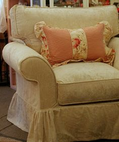 Custom Slipcovers by Shelley: Velvet chair and Slipcover DVD giveaway