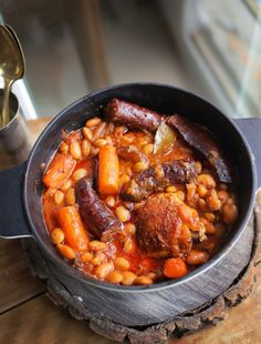 Cassoulet, Chana Masala, Pork Recipes, Grilling, Curry, Food And Drink, Health Fitness, Soup, Dishes