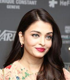 Cannes 2015: Aishwarya Rai Bachchan goes floral