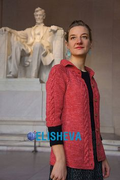 """Вычурный кардиган с косами и регланом """"Lincoln"""" от Tanis Gray вязаный спицами   Блог elisheva.ru"""
