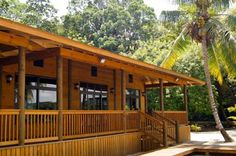 Vista Maravilla L�vingston Offering a private beach, Vista Maravilla is a bungalow located in Livingston only a minute from Boca Barra del Rio Dulce. With an oven, refrigerator, and microwave, a full kitchen provides a daily breakfast.
