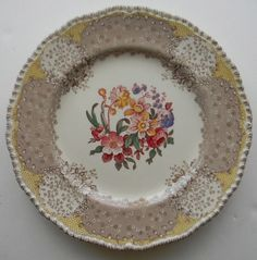 Royal Doulton Vintage Brown and Red Two Color Transferware Rimmed Soup Bowl English Polychrome Tulips Roses Flowers English Dishes, Old Plates, Beautiful Bouquet Of Flowers, Antique Dishes, Vintage China, Antique China, Taupe Color, Glass Dishes, Bone China