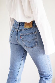 A pair of well-fitting jeans can make any outfit better, especially ones with this kind of vintage look! -C