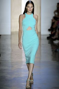 See the complete Cushnie et Ochs Spring 2013 Ready-to-Wear collection.