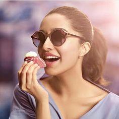Bollywood Wishes Shraddha Kapoor on her birthday Bollywood Girls, Bollywood Stars, Bollywood Celebrities, Bollywood Actress, Young Celebrities, Indian Bollywood, Indian Celebrities, Bollywood Fashion, Shraddha Kapoor Instagram