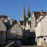 Office de tourisme de Chartres (28)   Chartres, Capitale de la Lumière et du Parfum