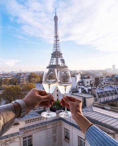 """""""I'm not interested with you! So why should I go to Paris? Tour Eiffel, Paris Travel, France Travel, Paris Photography, Travel Photography, Paris Couple, Paris Love, Photos Voyages, Travel Alone"""