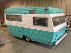 DB Vintage Campers - 1968 Shasta Loflyte Rebuild