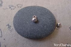 50 pcs of Antique Silver Solid Round Ball Charms by VeryCharms