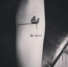 TOP 10 #tinytattoo. Najsłodsze, maleńkie tatuaże na Instagramie