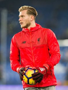 LIVERPOOL, ENGLAND - DECEMBER Liverpool's Loris Karius at pre-match warm up during the Premier League match between Everton and Liverpool at Goodison Park on December 2016 in Liverpool, England. (Photo by Terry Donnally - CameraSport via Getty Images) Liverpool England, Goodison Park, Short Beard, Premier League Matches, Liam Hemsworth, Man Bun, Everton, Beard Styles, Short Hairstyles