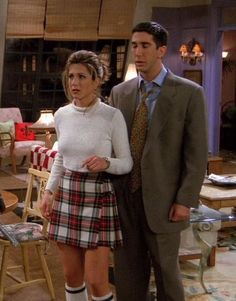 90s fashion-Rachel Green(Jennifer Aniston)