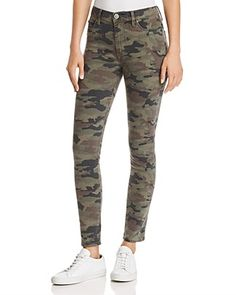 Hudson Barbara High Rise Ankle Skinny Jeans in Deployed Camo Women - Jeans & Denim - Bloomingdale's Hot Outfits, Jean Outfits, Spring Outfits, Camo Jeans Outfit, My Unique Style, My Style, Capsule Outfits, Capsule Clothing, Army Camo