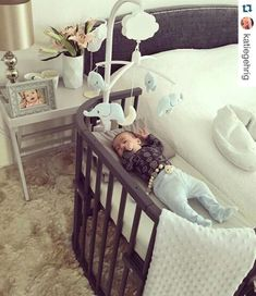 If I didn't already have a crib, this is what I would want.