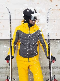 Stands out in this year's jacket lineup, with sharp lines and lightweight comfort. It wears like a down jacket, while durable inserts give it resilience. Core Stretches, Sight Lines, 3d Mesh, Waterproof Fabric, Line Jackets, Perfect Body, Insulation, Stretch Fabric, Color Blocking