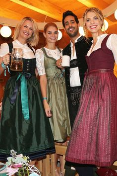 Dresses for Women Dirndl Outfit, Star Wars Outfit, Beer Maid, Beauty And Fashion, Winter Looks, Boho Dress, Fashion Dresses, Bridesmaid Dresses, Oktoberfest Beer