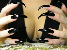 Long Black Nails, Long Stiletto Nails, Sexy Nails, Dream Nails, Love Nails, Gorgeous Nails, Pretty Nails, Long Fingernails, Curved Nails