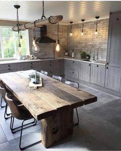 Kjære deg som liker mitt kjøkken på hytta fra 💛 I kvel. Farmhouse Style Kitchen, Home Decor Kitchen, Rustic Kitchen, Modern Interior Design, Interior Design Living Room, Home Kitchens, Kitchen Ideas, Küchen Design, Kitchen Remodel