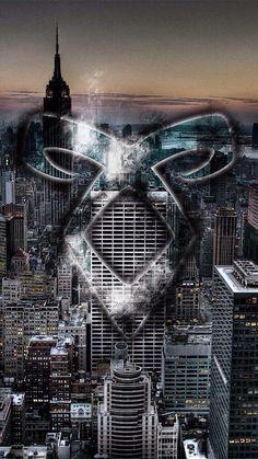Shadowhunters Series, Shadowhunters The Mortal Instruments, Jace Wayland, Alec Lightwood, Idris Brasil, Mortal Instruments Wallpaper, Clary Und Jace, The Dark Artifices, City Of Bones