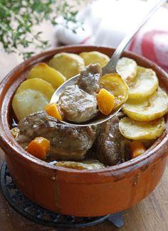 Irish Stew, Recipes of County Mayo in the West of Ireland Irish Stew, Guisado, Lamb Dishes, Italian Chef, Irish Recipes, International Recipes, Carne, Food And Drink, Yummy Food