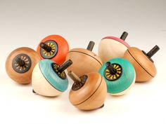Wooden Spinning Tops > pucciManuli, Mader Co, Austria, Flower Egg spinners