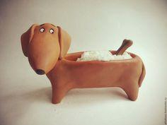 Купить Такса-солонка - солонка, такса, керамика ручной работы, солонка сувенирная, кухня, собака