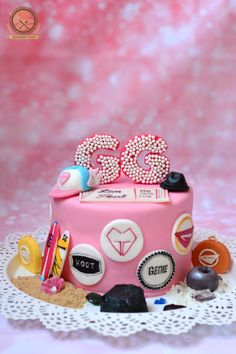 GIRL'S GENERATION BIRTHDAY CAKE