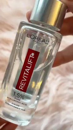 This top rated Hyaluronic Acid Serum for Skin, is one of the best products that hydrates, moisturizes, plumps skin, reduces wrinkles, Anti Aging. Perfect for all skin types. Apply on Damp Skin After cleasing, toning and seal it in with a moisturizer. Get it on Amazon! #loreal #hyaluronicacid #serum #faceserum #skincare #bestproducts #beautyproducts #amazon #mademeBuyIt #serums #toner #moisturizer #hyaluronic #acid #skinsecrets #bestserums #affordable #blush Skin Secrets, Skin Tips, Skin Care Tips, Hyaluronic Serum, White Smile, Dark Skin Makeup, L'oréal Paris, Vegan Beauty, Vanities