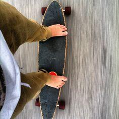 Longboard without shoes is NEVER a good idea peeps Long Skate, Awake My Soul, How To Get Tan, Sense Of Life, Skate Art, Longboarding, Skater Girls, Skateboarding, Bmx