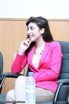 My sunshine. #nmathefilm this eidulazha.  Urwa Hocane at the event !   Na Maloom Afraad #ReleasingonEidulAdha