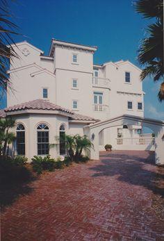 Beach front home in Bonita Beach, Florida built by Daniel Wayne Homes in 1996.
