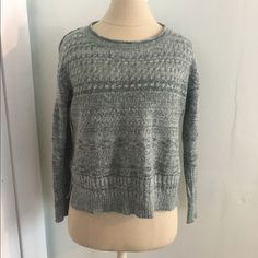 Anthropologie Sparrow Cropped Sweater Anthropologie Sparrow cropped sweater size small. So soft and comfy! Worn twice. Anthropologie Sweaters Crew & Scoop Necks