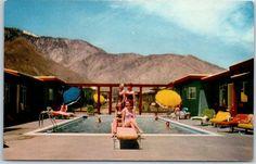 Palm Springs, CA Postcard CASA DEL VISTA HOTEL Girls on Pool Diving Board c1950s