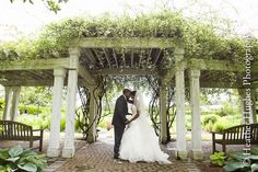 Norfolk Botanical Gardens wedding portrait by Heather Hughes Photography. Love the gardens!