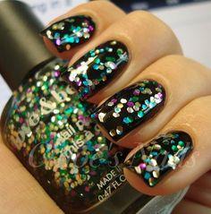 Pretty sparkly nails
