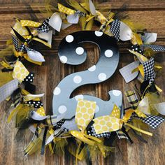 cute wreath - use teacher's letter instead of number