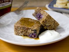 Check out this yummy blueberry breakfast cake recipe from us at #momtastic #karenbitoncohen