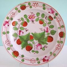 c1810 Strawberry Pearlware...