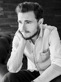 Callan McAuliffe / Flipped / I Am Number Four / The Great Gatsby / Robot Overlords / The Stanford Prison Experiment / The Legend Of Ben Hall / Beneath The Harvest Sky / The Walking Dead Callan Mcauliffe, Stanford Prison Experiment, I Am Number Four, Men Photoshoot, The Great Gatsby, The Walking Dead, Cute Boys, Actors, Photo And Video