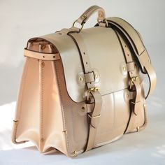 Buy Leather Goods Handmade in the USA from leading leather store. Shop for rustic luxury leather bags, belts, wallets online from MOOSE BRAND. Vintage Leather Messenger Bag, Leather Bags Handmade, Leather Briefcase, Leather Craft, Business Briefcase, Leather Backpack, Men's Briefcase, Leather Store, Leather Men