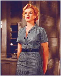 "50s black white checked gingham day dress sheath wiggle belt button front color photo MM Marilyn, ""Clash By Night"", 1952"
