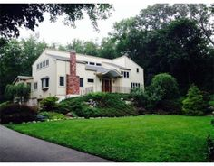 102 Byron Rd, Weston, MA 02493 Offered by Jessica Allain