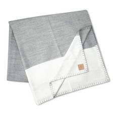 Modern border bed blanket in grey and white.