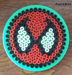 """Coffret Perler Beads """"Spider-man"""" il vous faut 1 petite plaque ronde."""