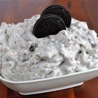 Oreo Fluff Dip -- 1 Box White Chocolate Instant Pudding Mix, 2 Cups Milk, 8oz Cool Whip, 24 Oreos Crushed, 2 Cups Mini Marshmallows. Instructions: In A Large Bowl Whisk Together The Pudding Mix And Milk For 2 Minutes. Add Cool Whip, Oreos And Marshmallows, Stir Well. Refrigerate Until Ready To Serve.