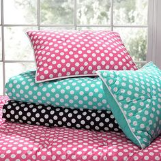 Get inspired with teen bedroom decorating ideas & decor from Pottery Barn Teen. From videos to exclusive collections, accessorize your dorm room in your unique style. Polka Dot Bedding, Teen Bedding, Teen Bedroom, Home Decor Bedroom, Hello Kitty Bedroom, Pottery Barn Teen, Big Girl Rooms, Dorm Rooms, House Colors